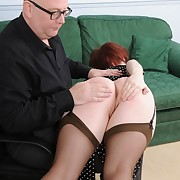 Pretty chiq has her posterior spanked