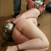 Slave with metal balls