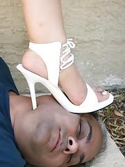 Slaves worship feet