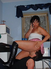 Brunette mistress in hard facesitting action