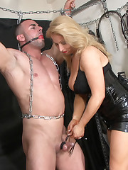 Latex mistress torments a malesub
