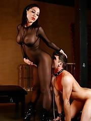 Mistress Aleksa Nicole slit Worship