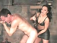 Mistress Sandra Romain fucks Bill's ass