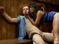 Annie picks up a sexy bar owner in front of her boyfriend