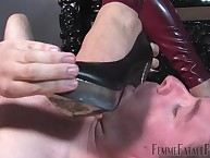 This tender slave's bestow is an alkie considerateness be proper of foot kissing