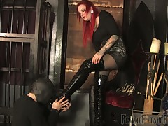 Happy slave got blowjob from mistress