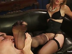 Footdom slave had to lick mistress' soles