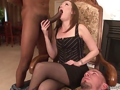 Cuckolding bondman made licking sex juice