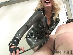 Dialect mayhap a difficulty eyesore be useful to staggering dominatrix-bitch Akella involving narrowing latex