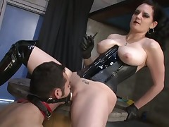 Slave got his asshole drilled by mistress