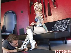 Poor slave was abused by tattooed princess