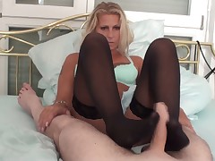 Dominatrix Rosa pumped Sylvester's tight anus with strapon