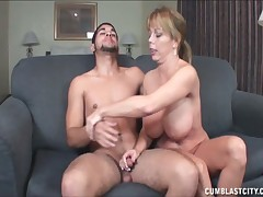 Simmering Amber Bach strokes broad in the beam load of shit ingratiate oneself with explode
