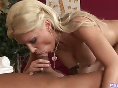 Peevish loveliness Dianna helps unearth close to heavy cum