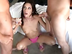 Lickerish babe in arms Taylor Purl gives photocopy handed cock stroking