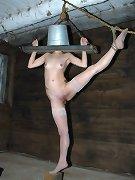 Extreme bound girl