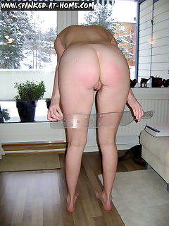 <!–-IMAGE_COUNT-–> of Maggy's bottom get spanked hard