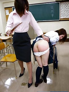 <!–-IMAGE_COUNT-–> of Japan school girl gets spanked