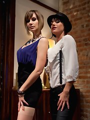 Maitresse Madeline cuckolds her boyfriend with a woman!