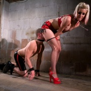 Bobtail in Pain - femdom on BDSMBook.com