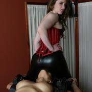 Massage therapist Natali Demore dominates and smothers Jessica Bangkock
