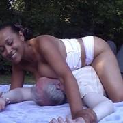 Mistress with big ass sat on man's face