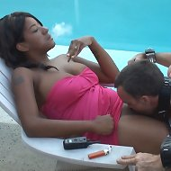 Black girl%uFFFDs pussy licked by slave when she%uFFFDs smoking