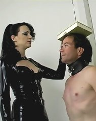 Slave Posture
