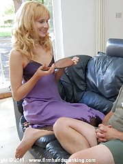 220 bottom-blistering smacks thither a bath nail-brush for Alison Miller