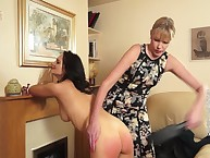 Mam punished eradicate affect glum MILF floosie at the end of one's tether a paddle.